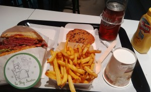 food-burger-hamlers-4-26-04-2014.jpg